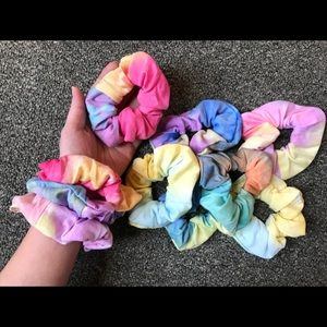 Brand New scrunchies TIE DYE set of 2 hair ties